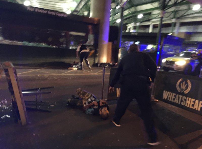 Doce detenidos tras noche de terror en el corazón de Londres